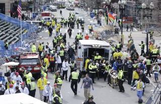 boston robbanás (boston, bostoni maraton)
