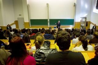 egyetem (egyetemi tanárok, )