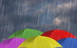 esernyők (esernyő, eső, esős)