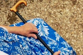 idős-kezek (idős asszony keze)