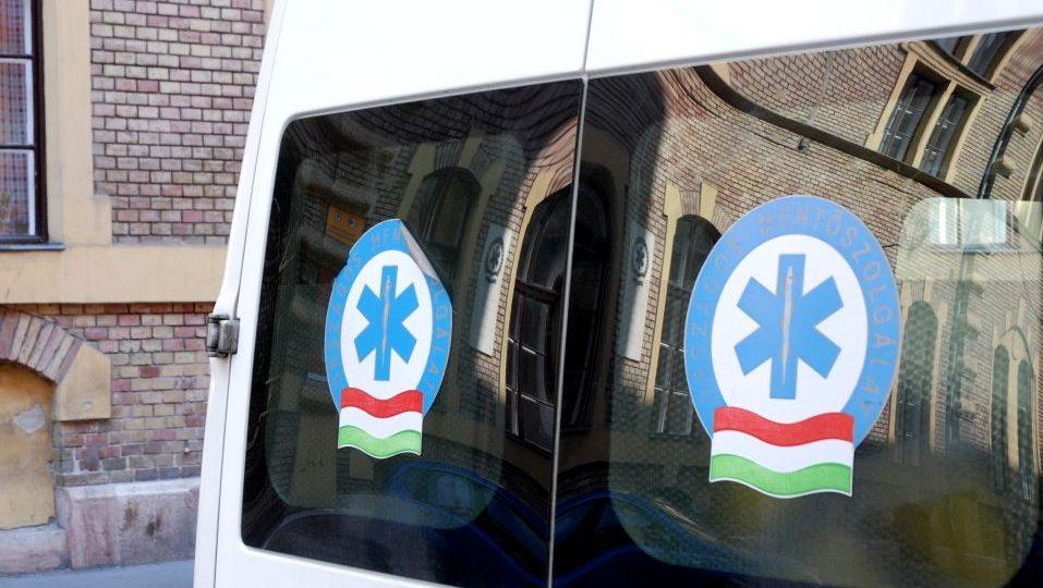mentőautó (mentőautó)