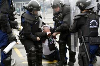 rendorok(210x140)(1).jpg (rendőrök)