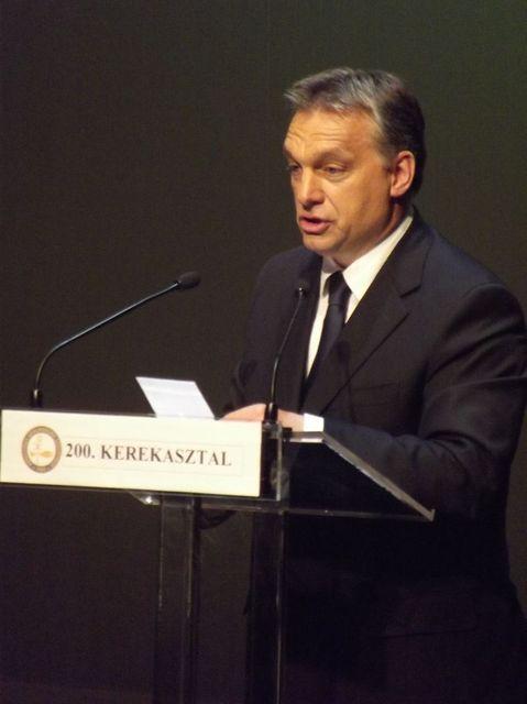 Orbán Győrben (Orbán Győrben)