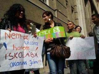 Tüntetés (tüntetés, oktatás, )