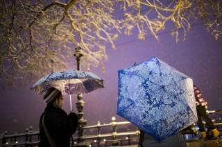 havazás budapest (havazás, budapest, esernyő, )