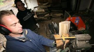 munkas(210x140)(1).jpg (munkás, kkv, vállalkozás, forgácsoló, tűzifa, )