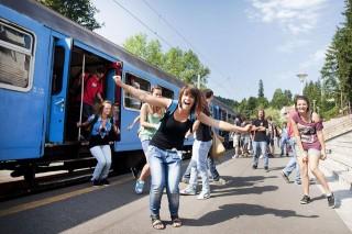 osztálykirándulás (vonat, osztálykirándulás, tusványos, diákok, )