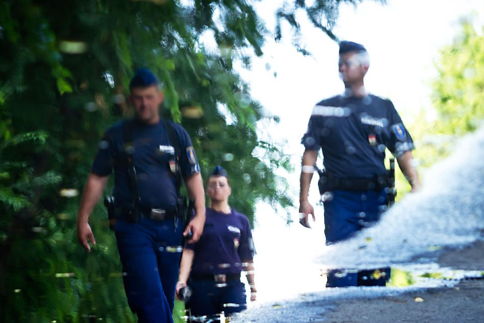 rendor(430x286)(2).jpg (rendőr, )