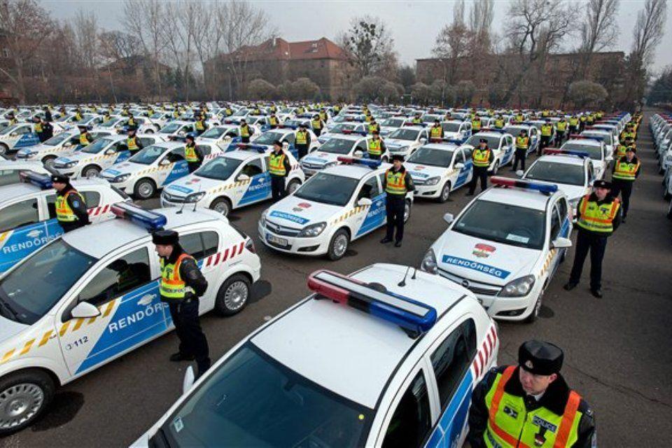 új rendőrautók (rendőrautók, )