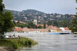 A Duna Szentendrénél (A Duna Szentendrénél)