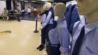 Egyenruhákból nyílt kiállítás a BKV múzeumában (szegedi közlekedési kft, bkv, egyenruha)