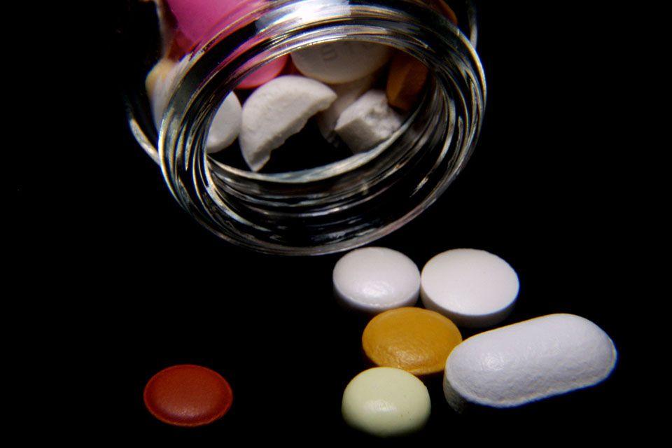 Gyógyszerek (Gyógyszer, Pirula)