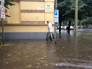 Hatalmas eső Szegeden (Hatalmas eső Szegeden)