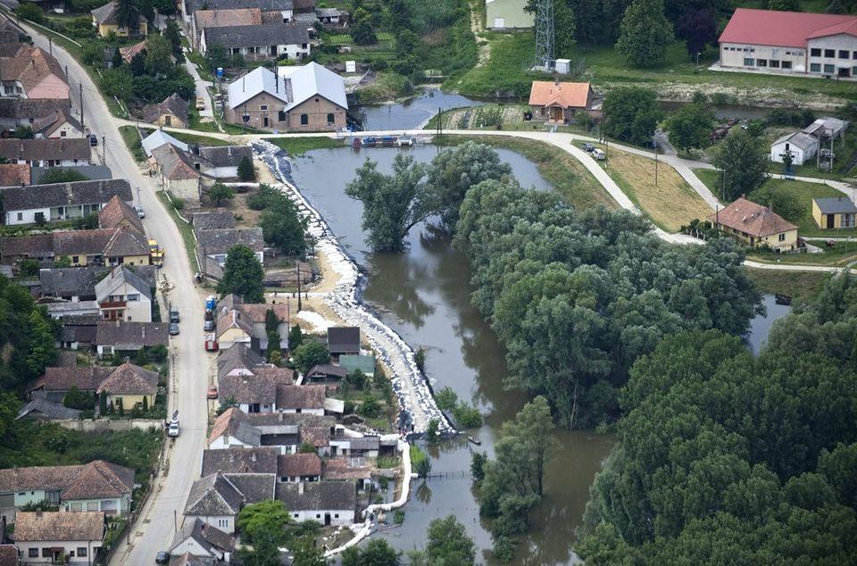 áradás bátán (áradás, árvíz, báta)