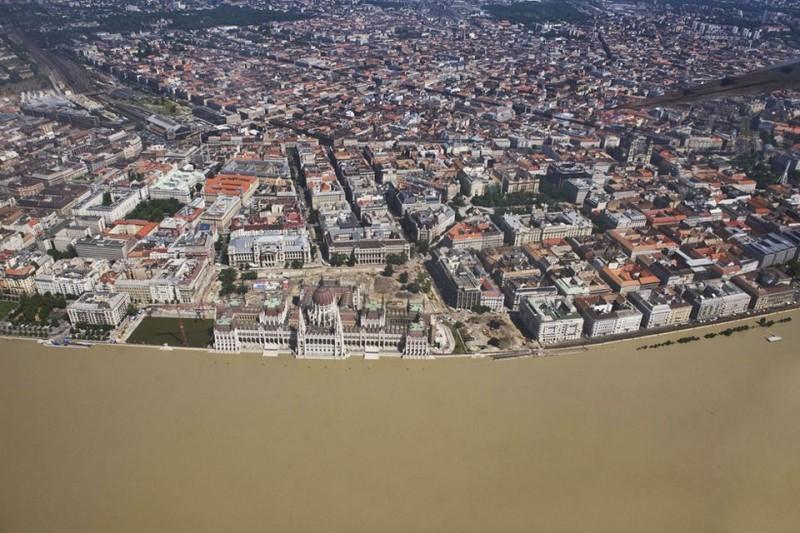 budapest árvíz idején (budapest, árvíz)