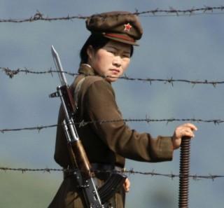 eszak-korea-katona(210x140)(1).jpg (észak-korea katona)
