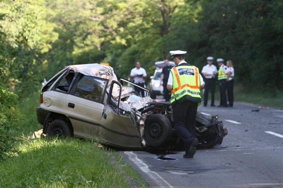 halalos-baleset-a-81-es-fouton(960x640).jpg (halálos baleset a 81-es főúton)