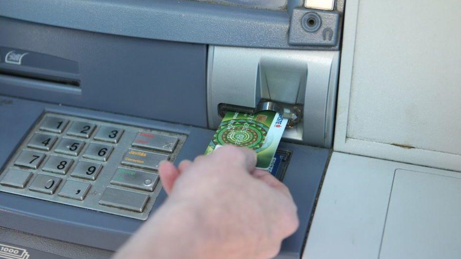 keszpenzfelvetel(960x640)(3).jpg (bankautomata, )