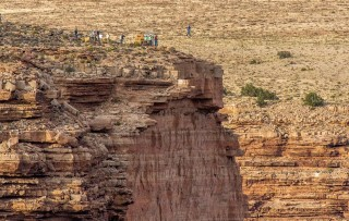 nik wallenda (nik wallenda, grand canyon)