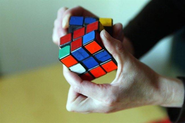 rubik-kocka(650x433).jpg (rubik kocka)