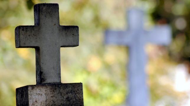 temetői kereszt (kereszt, temető, )