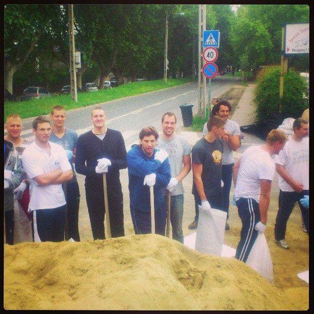 vízilabda válogatott árvíz (vízilabda válogatott, árvíz 2013)