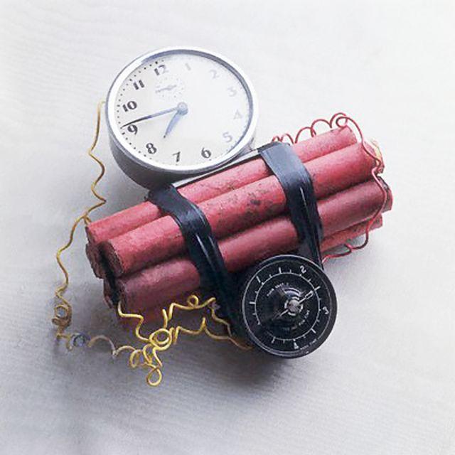 bomba (bomba, )