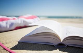 könyv (strand, )