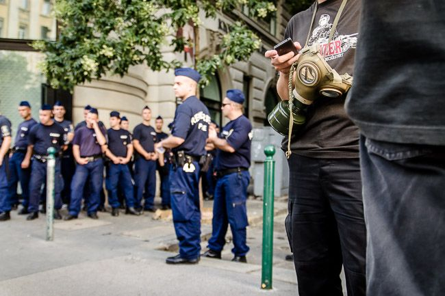 rendőrök a prideon (rendőr, budapest pride)