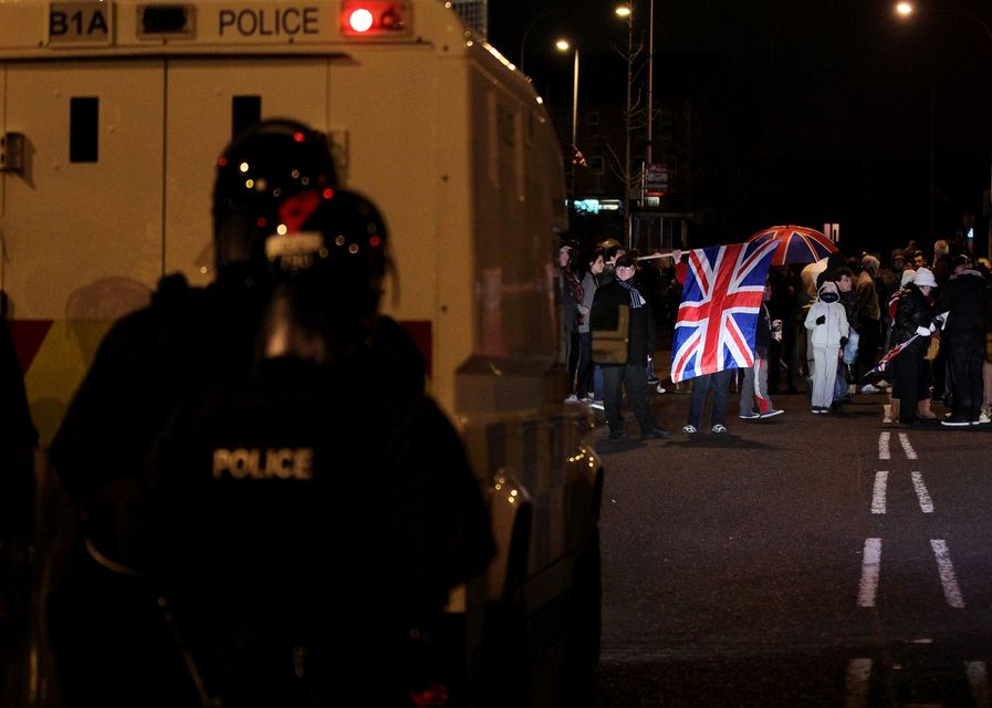 Belfast összecsapások (belfast)