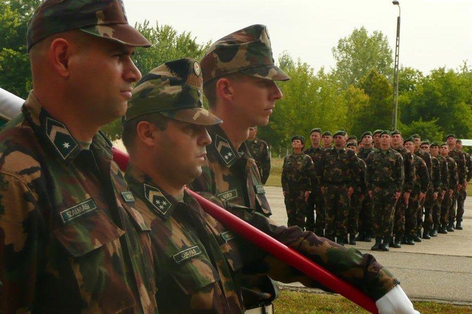 Katona(960x640).jpg (katona, katonák, hódmezővásárhely, )