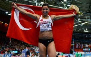 Nevin Yanit (Nevin Yanit)