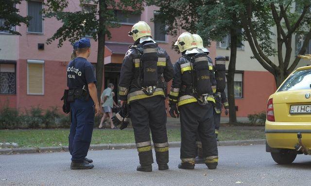 Tűzoltók az Olajos utcában (Tűzoltók az Olajos utcában)