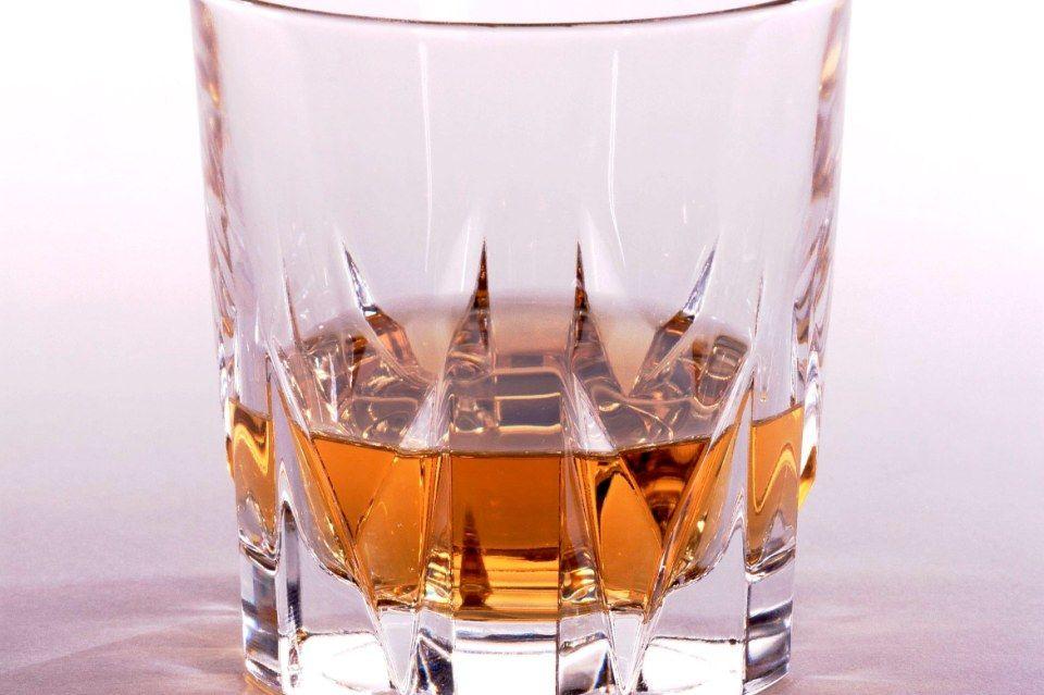 alkohol (alkohol, )
