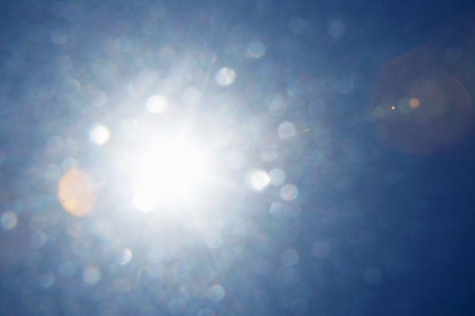 fény (fény, napfény, )