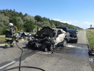 halalos-baleset-Szentkiralyszabadja(210x140)(1).jpg (baleset, kiégett autó, )