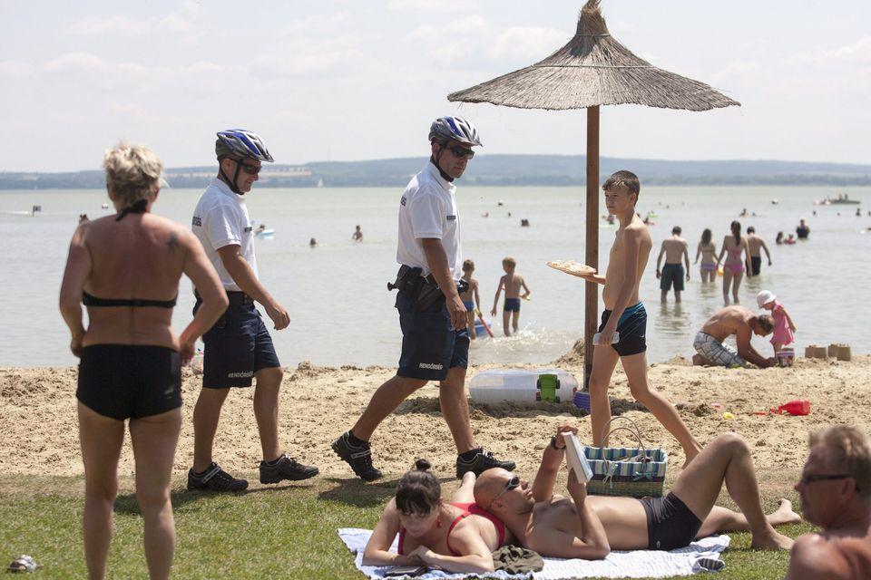 készenléti rendőrök (készenléti rendőrök)