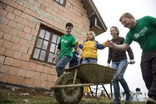 önkéntes (önkéntes)