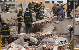 összedőlt épület  (összedőlt épület, brazília, )