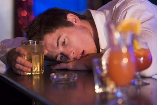 részeg (részeg, bár, alkohol, )