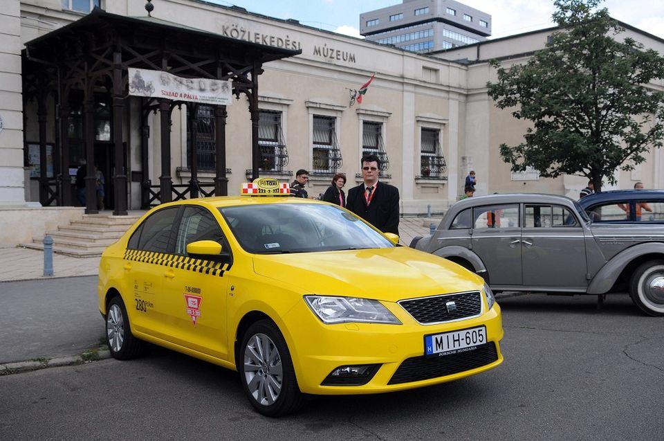 sárga budapesti taxi (sárga, taxi. budapest)