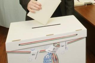 szavazás (szavaz, voks, urna, választás, )