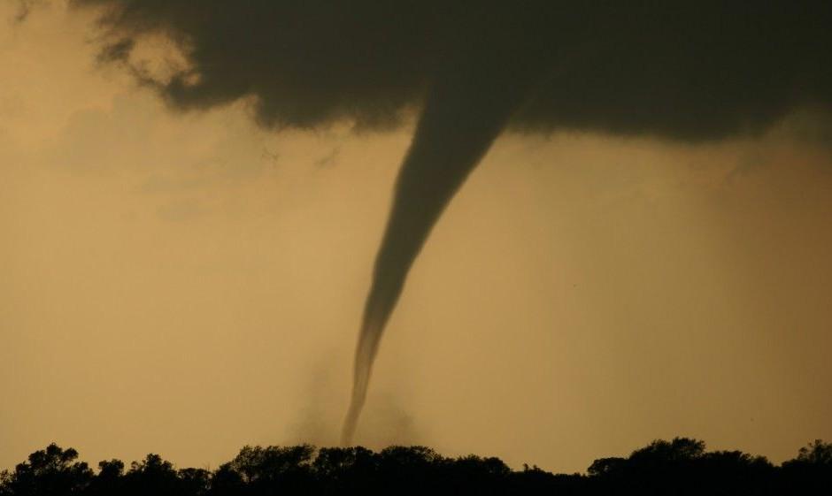 tornado(210x140)(1).jpg (tornádó, )