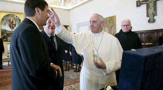 Áder János, Ferenc pápa (áder jános, ferenc pápa)