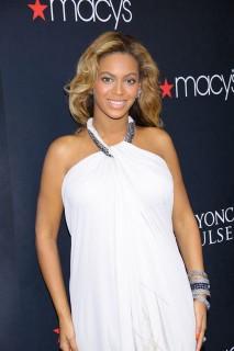 Beyoncé  (Beyoncé )