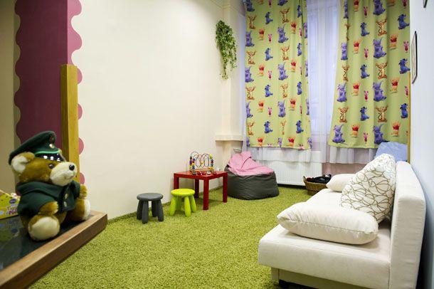 Gyermekbarát meghallgató szoba Dunakeszin (rendőrség, dunakeszi, meghallgató szoba, )