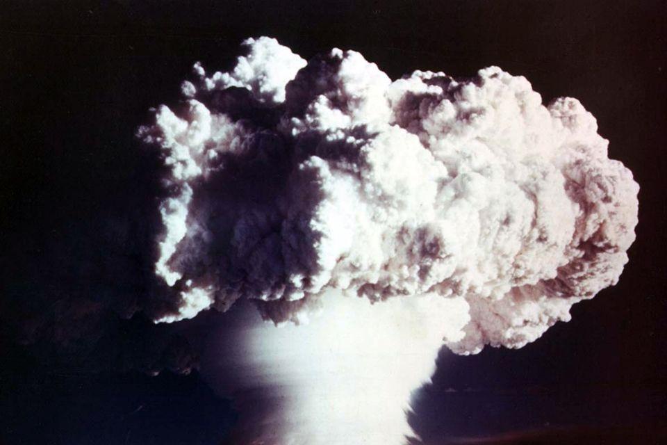 atombomba (atombomba, )