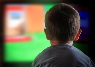 gyerek televízió (gyerek, tévé, televízió)