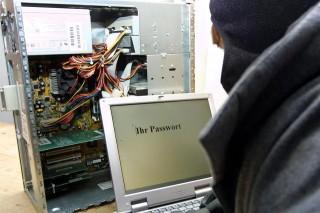 hacker(960x640).jpg (hacker, számítógép, jelszó, )