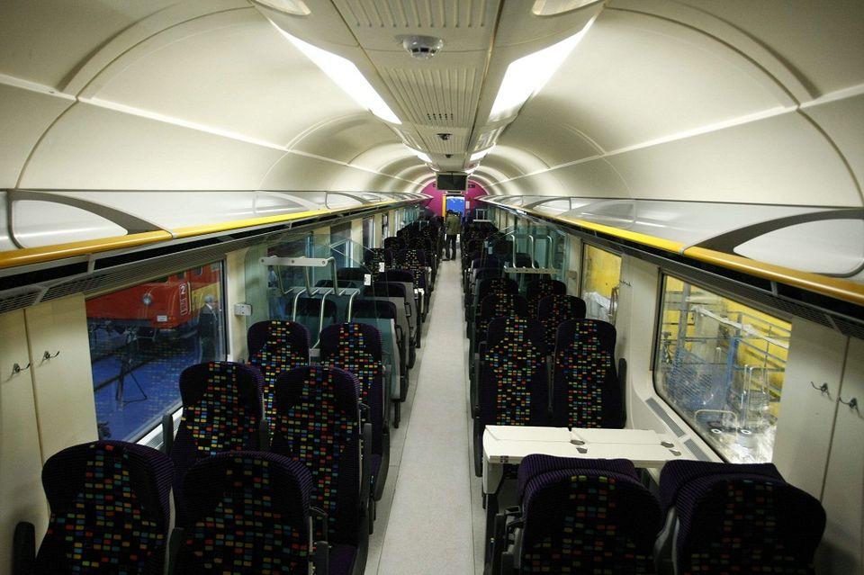 intercity (intercity, vonat, vagon)